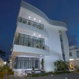 Contemporary Residence